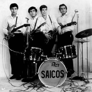 Os integrantes do grupo Los Saicos