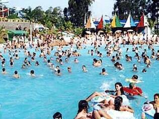 Parque aquático Tropical Water Park