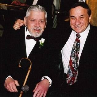 Robert Sherman ao lado do irmão, Richard: The Sherman Brothers