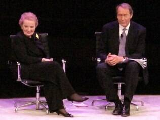 Ex-secretária de Estado dos EUA Madeleine Albright participa com jornalista Charlie Rose do evento Women in the World, em Nova York