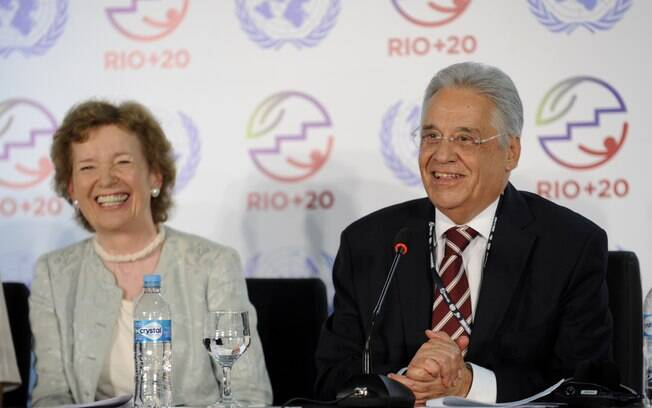 Mary Robinson e Fernando Henrique Cardoso são integrantes do grupo  Elders (