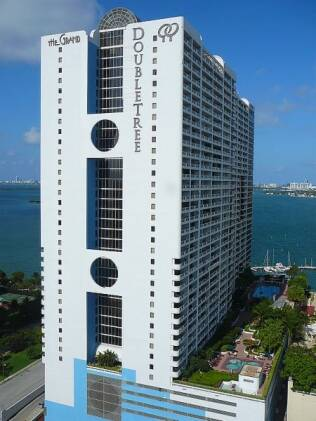 Doubletree Grand Hotel Biscayne Bay, em Miami, local do acidente