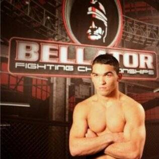 Patricio Pitbull disputa a final do GP de pesos penas do Bellator
