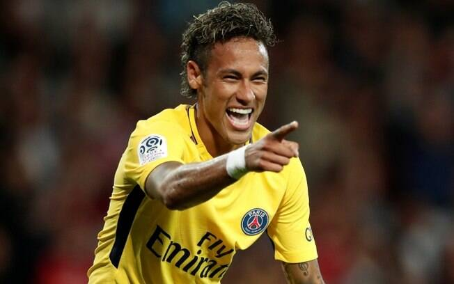 Neymar Jr é visto pelo treinador Unai Emery como o líder do Paris Saint-Germain