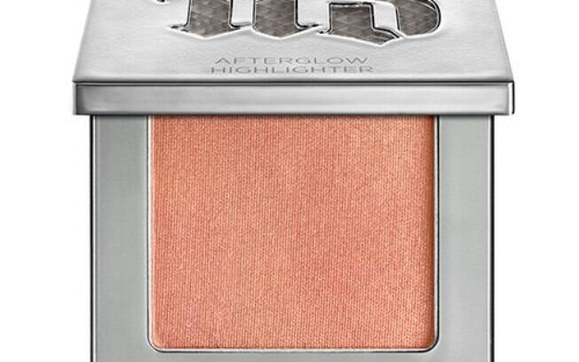Pó Iluminador Afterglow Highlighter da Urban Decay por R$ 199,00