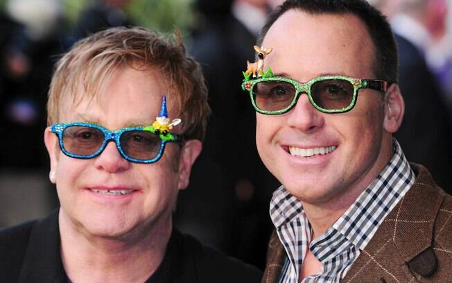 Elton John e seu marido David Furnish