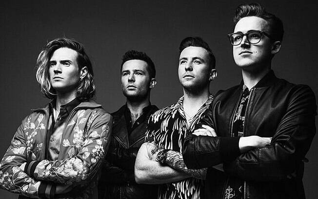 Dougie, Harry, Danny e Tom, do McFly