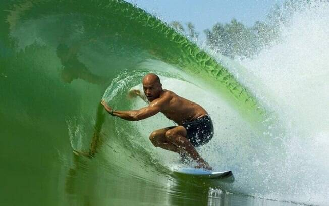 Kelly Slater Wave Company, piscina de ondas artificial para a prática do surfe