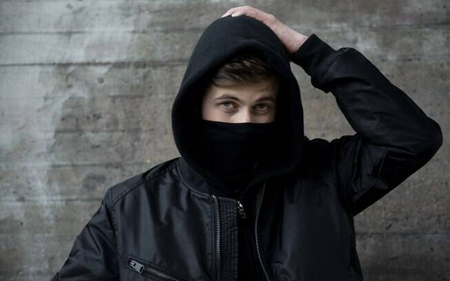 DJ Alan Walker ultrapassou 1 bilhão de views no YouTube e se prepara para tocar com Justin Bieber