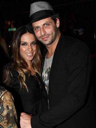 Henri Castelli celebrates his 36 birthday with his wife Juliana Despírito