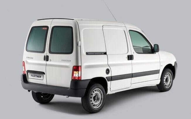O visual do Peugeot Partner segue o mesmo desde 2001, já como modelo 2002 e sucessor do Berlingo