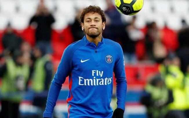 Neymar é jogador do PSG e estaria nos planos do Real Madrid