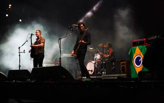 O Queens of the Stone Age tocou no Lollapalooza Brasil 2013