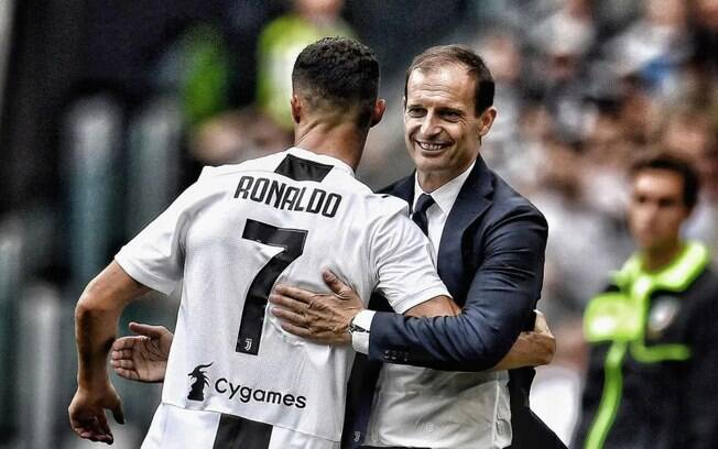 Allegri com CR7