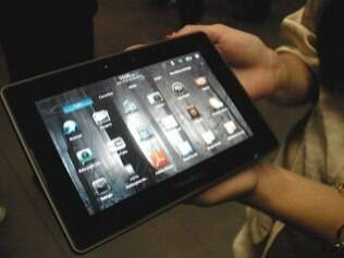O PlayBook, tablet da BlackBerry, pesa 425 gramas