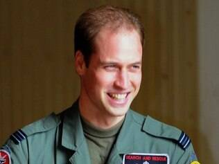 Príncipe William na base RAF Valley, em Anglesey, no País de Gales